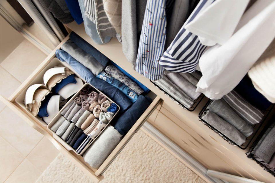 Dicas para organizar o closet